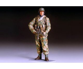 Tamiya 36304 1:16 WWII Figur Dt. Infant.Soldat Winter...